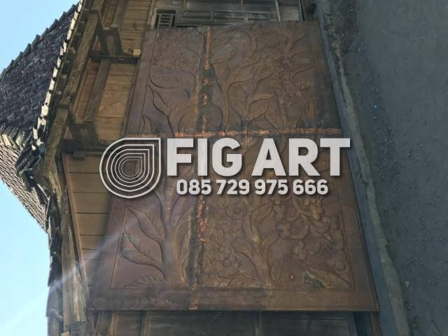 Proses Pembuatan Hiasan Dinding Tembaga Terbesar Di Jogja